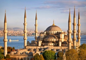 Istanbul_Blue-Mosque_iStock_000012439308Small-540x378