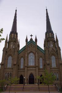 800px-St._Dunstan's_Basilica,_Charlottetown