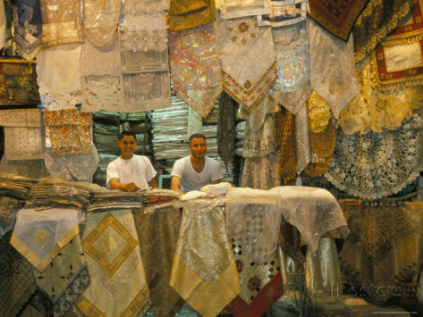 alison-wright-selling-lace-souq-al-hamidiyya-old-city-s-main-covered-market-damascus-syria-middle-east.jpg