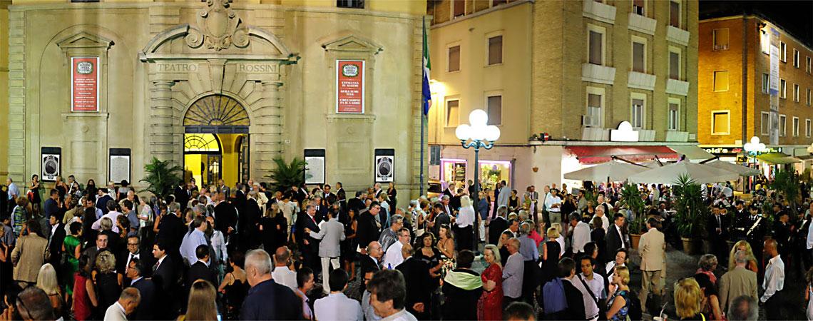 Rossini-Theater-Pesaro.jpg