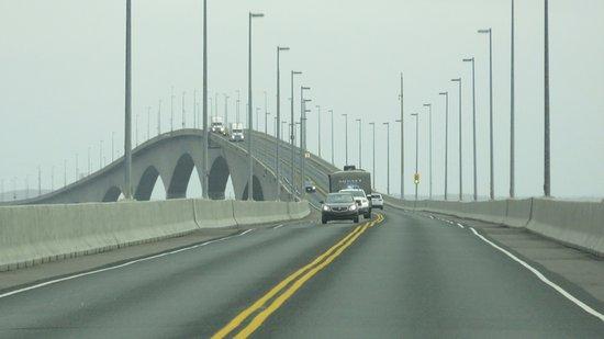 confederation-bridge.jpg