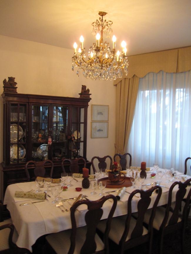 dining room xmas 09.jpg
