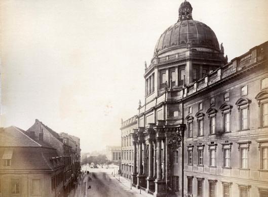 Berlin palace 1860.jpg