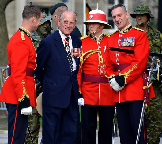 1024px-Prince_Philip_as_Colonel-in-Chief_of_the_Royal_Canadian_Regiment
